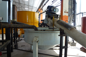 screw-conveyors-with-cement-stripper